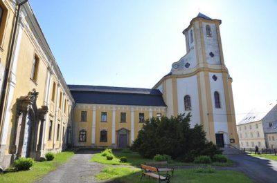 Bílá Voda kostel