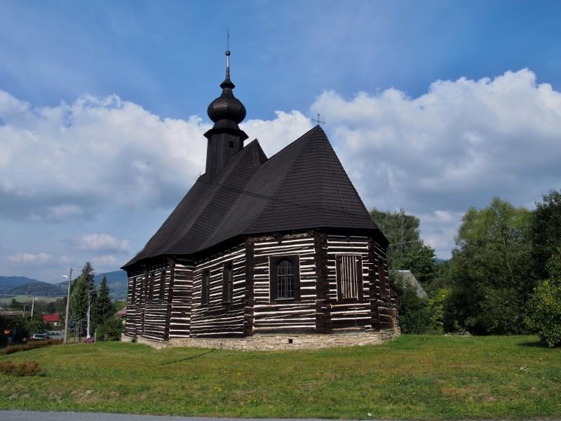 marsikov_srubovy_celodevny_kostel_svmichaela